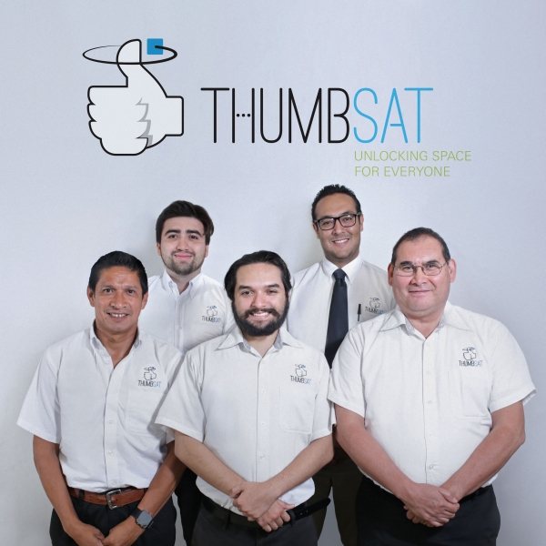 Picture depicting the ThumbSat Team